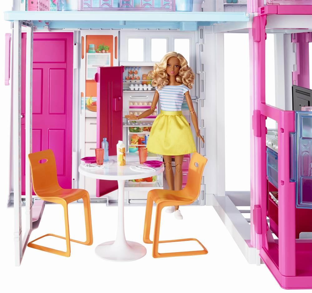 Casa Barbie fabuloasa cu 3 etaje